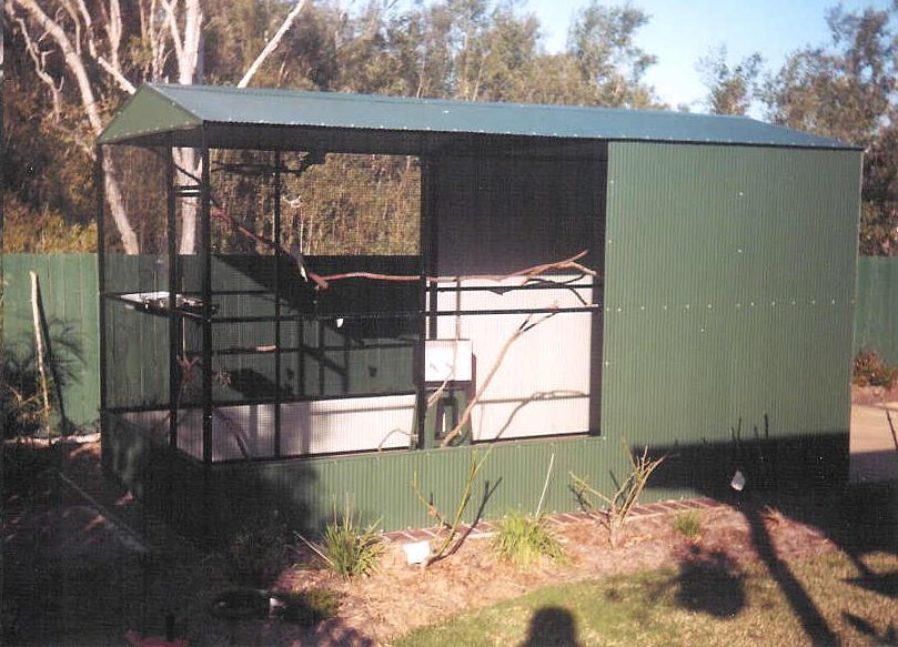 Large Conventional Aviary Dark Green Powdercoat Wire & Frame